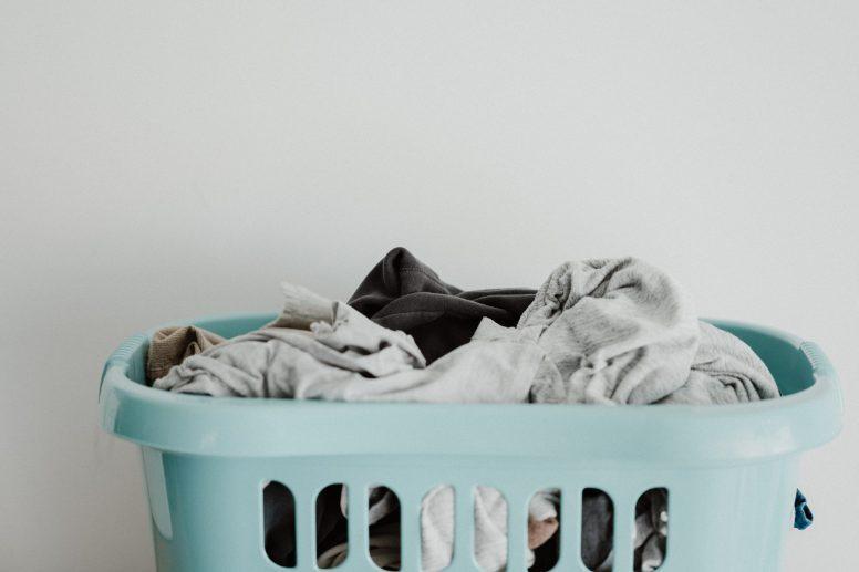 Suszenie prania w małym mieszkaniu. 3 skuteczne sposoby